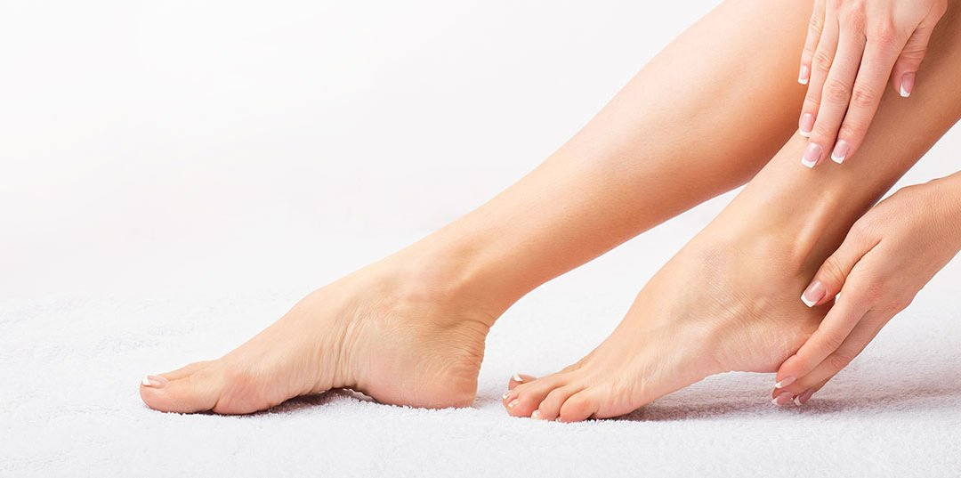 Simple Ways to Check Your Feet's Health at Home