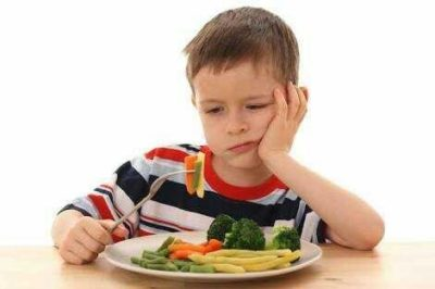 Illustration of How To Cope With Difficult To Eat Children And Difficult To Drink Vitamins?