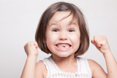 Illustration of Can Baby Teeth Fall Off In A 21 Month Old Child Can Still Grow Again?