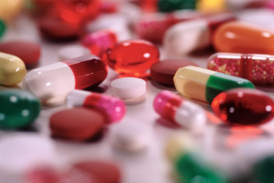 Illustration of Are Antibiotics And Anti-inflammatory Drugs Safe To Take Simultaneously?