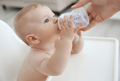 Illustration of Providing Formula Milk For Babies Aged 2 Months Who Are Having Diarrhea?