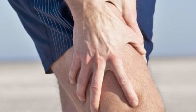 Illustration of The Left Thigh Bone Hurts When Standing Or Walking For Too Long?