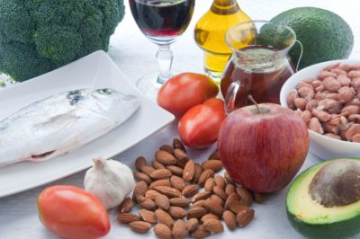 Illustration of Foods Suitable For Sufferers Of High Blood Pressure And Cholesterol?