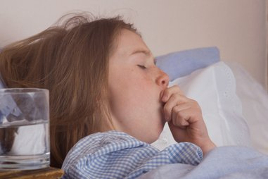 Illustration of High Fever In Children Accompanied By Cough Colds?