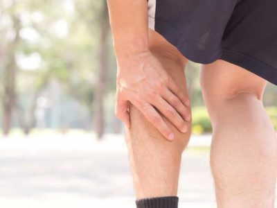 Illustration of The Cause Of Pain In The Base Of The Calf To The Knee Of The Left Leg And Right Hand And Elbow?
