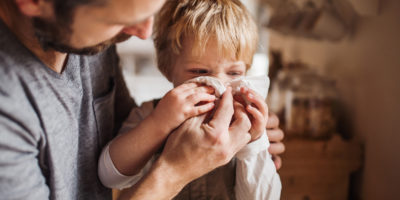 Illustration of How To Deal With Cough With Phlegm In Children Aged 4 Years?