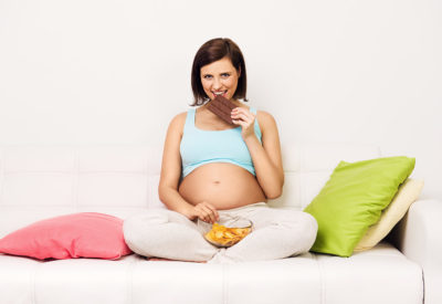 Illustration of Overeating During Pregnancy. Is It Dangerous?