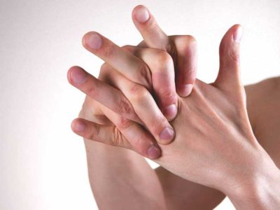 Illustration of The Cause Of Itching Between The Fingers?