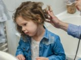 How To Cope With A Child's Hair That Suddenly Falls Out So That His Head Palsed?