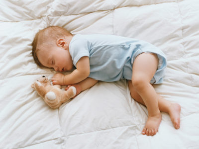Illustration of Babies Tend To Sleep On Their Side / Stomach On Their Left?