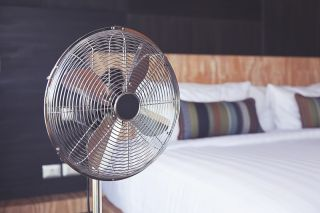 Illustration of Is It True That Sleep Using A Fan Can Make The Uterus Dry?
