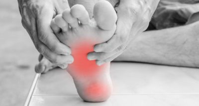 Illustration of Left Foot Pain When Moving Suddenly?