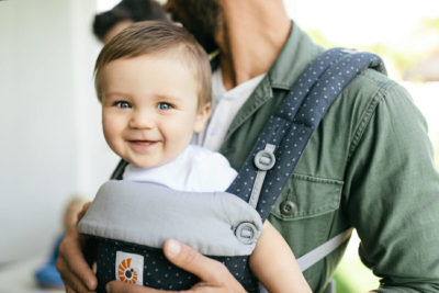 Illustration of Can A 7-week-old Baby Wear A Hipseat Sling?