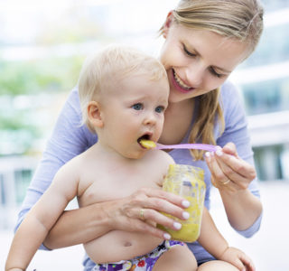 Illustration of Complementary Foods For Babies Aged 3 Months?
