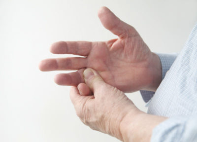 Illustration of The Finger Is Still Bent After Experiencing A Fracture To The Left?