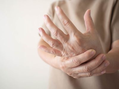 Illustration of Tingling And Numbness In The Elderly?