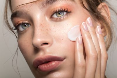 Illustration of Solution To Reduce Irritation On The Face?