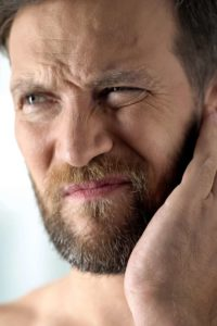 Illustration of The Cause Of Ear Pain And Itching Is Because The Cotton Goes Into The Ear?