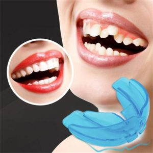 Illustration of Can Crowding Teeth Be Tidied Using A Retainer Alignment Product?