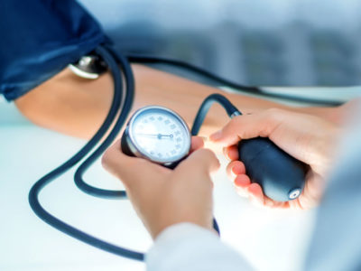 Illustration of Can Surgery Be Done If Blood Pressure Is Low?