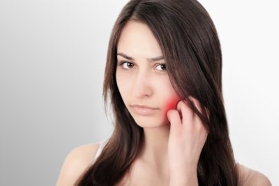 Illustration of The Relationship Of Toothache And Inflammation Of The Throat?