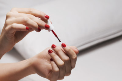 Illustration of Pain In Nails When Removing Nail Polish?