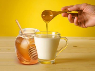 Illustration of Is It Safe To Consume Milk Mixed With Honey?