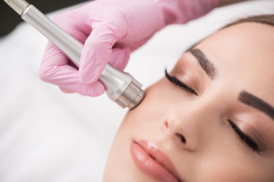 Illustration of Facial Treatment With Microdermabrasion Facial?