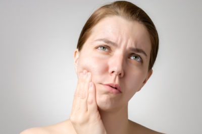 Illustration of Throbbing Toothache Accompanied By Head, Eye And Nose Pain?