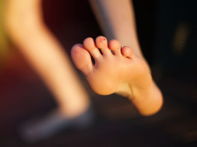 Illustration of The Hands And Feet Are Covered In Yellowish-white Watery Bumps?