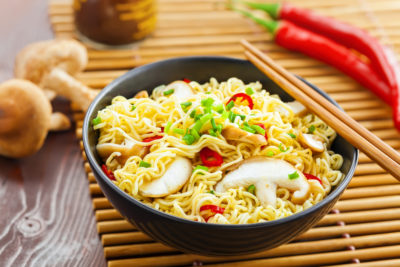 Illustration of Consume Instant Noodles When You Have A Sore Throat?