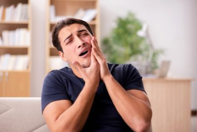 Illustration of Frequent Headaches In People With Cavities?