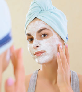 Illustration of Side Effects Of Using A Yogurt Mask For The Face?