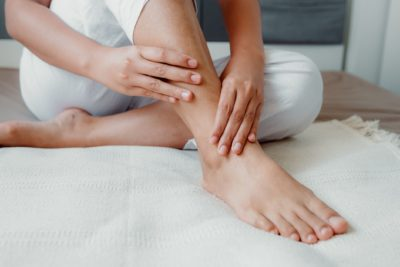 Illustration of The Feet Feel Tingling And A Little Swollen After Taking The Drug Containing Calcium?
