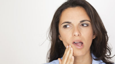 Illustration of Swollen Gums After Taking Paracetamol When You Have A Toothache?