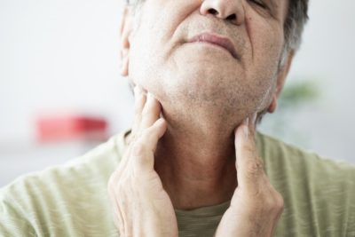 Illustration of Sore Throat And Swelling In The Neck?