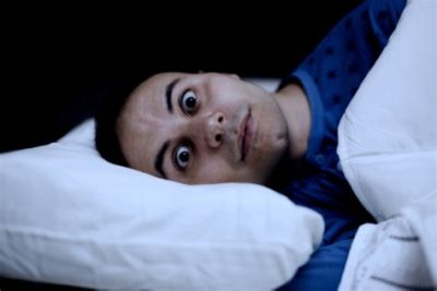 Illustration of Hard To Sleep And Easily Startled When Falling Asleep At 7 Weeks Pregnant?