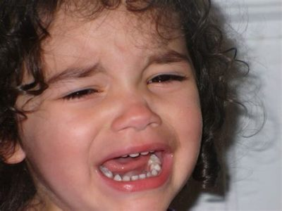 Illustration of The Reason Why Babies Often Cry After Phototherapy?